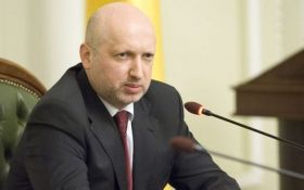 Мелочь: Турчинов пренебрежительно высказался о Савченко