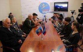 В окупованому Луганську студентів покарали за прапор України: з'явилися фото