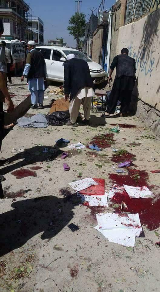 В Афганістані стався потужний теракт, десятки загиблих: з'явилися жахливі фото (1)