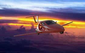 Инженеры США представили первое летающее авто: появилось видео