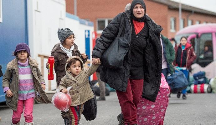 Взрывное устройство было брошено возле приюта для беженцев в Германии