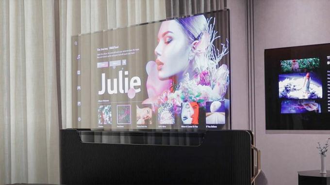 LG представила уникальный телевизор-невидимку — первые фото (1)