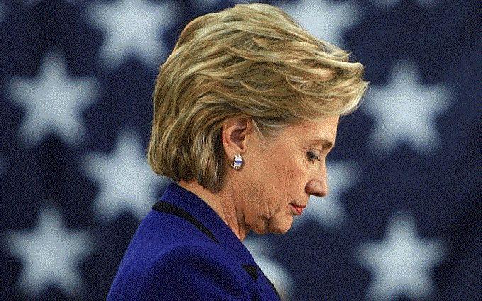 Оприлюднено електронні листи Клінтон: з'явилися цікаві деталі