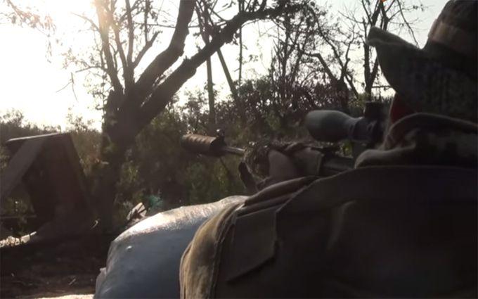 Коли смерть почухала за вухом: з'явилося драматичне відео бою на Донбасі