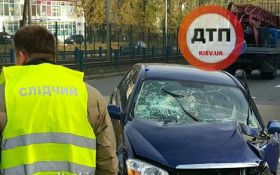 В серьезной аварии в Киеве пострадали сразу 4 человека: появились фото