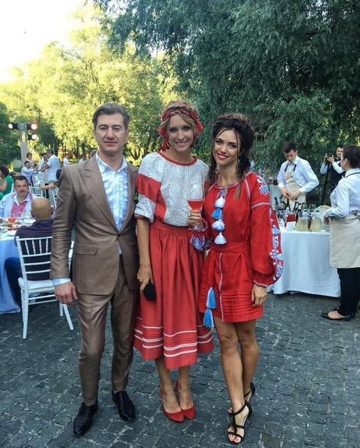 З'явилися перші фото з весілля відомого продюсера і української співачки (3)