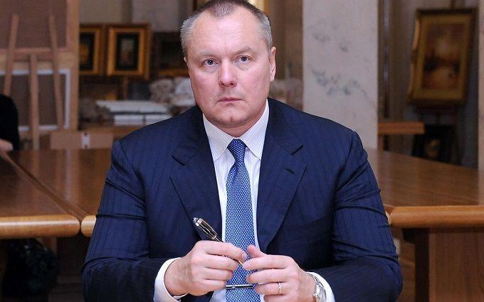 Мандат народного депутата пока всиле— Приостановление гражданства Артеменко