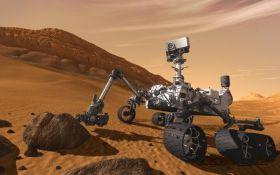"NASA показало первое ""селфи"" марсохода-ветерана"
