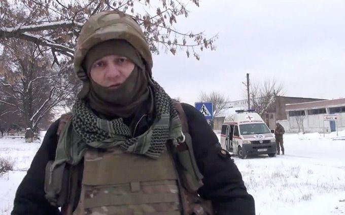 Вгосударстве Украина возмущённый волонтёр пожаловался Порошенко насостояние техники вАТО