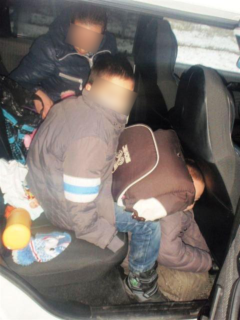 Иностранка пыталась переправить детей через госграницу (1)