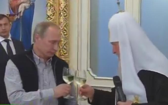 Тост за церкву і молитви за армію: з'явилося відео з Путіним на Валаамі