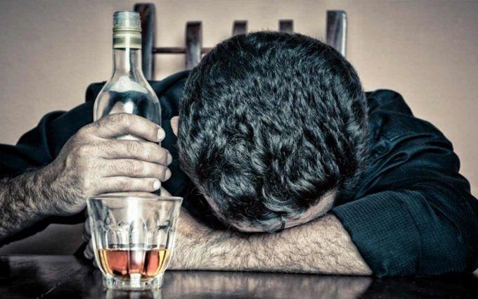 Ученые нашли новый эффективный способ борьбы с алкоголизмом