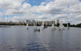 Киевский яхт-клуб «Оболонь» устроил День открытых дверей для школьников