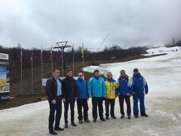 Министр спорта отреагировал на позорище с лыжниками в Карпатах (2)