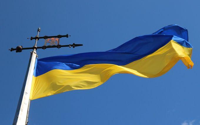 Посольство України терміново звернулося до співгромадян у Китаї