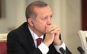 В Туреччині обіцяють арештовувати за критику Ердогана