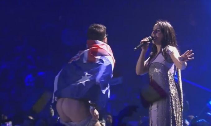 Під час виступу Джамали на Євробаченні стався непристойний інцидент: з'явилося відео (1)