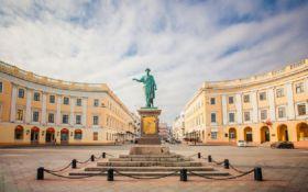 В Одесі стартував проект відновлення старовинних дверей і воріт