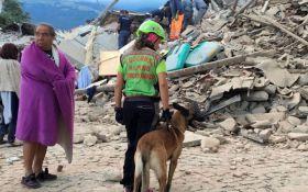 Землетрясение в Италии: сеть потрясла история о спасении ребенка сестрой