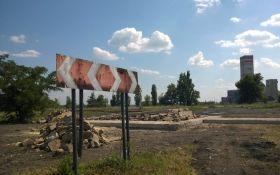 На Луганщині знову підірвали пам'ятник бойовикам: з'явилися фото і дані про постраждалих