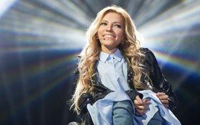 Нев'їзна в Україну співачка Самойлова планує знову виступити в окупованому Криму