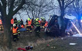 У Празі сталася серйозна ДТП, є загиблі і десятки постраждалих: опубліковано відео