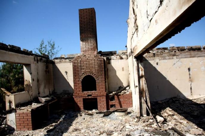 Обстрел жилых кварталов Бердянского и Широкиного: появились фото последствий (1)