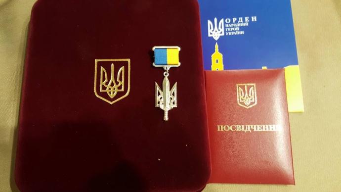 Известный шоумен стал народным героем Украины: опубликованы фото (2)