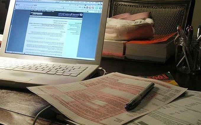 Скандал з е-деклараціями: з'явилася резонансна подробиця, соцмережі киплять