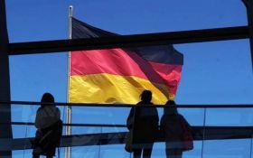 """Ми будемо називати речі своїми іменами: Німеччина жорстко відповість на """"претензії"""" Росії на Азовське море"""