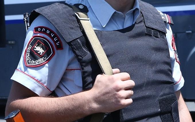 Захоплення ділянки поліції в Єревані: знову почалася стрілянина, є загиблий