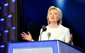 Моніка Левінскі розповіла, про що хоче поговорити з Гілларі Клінтон