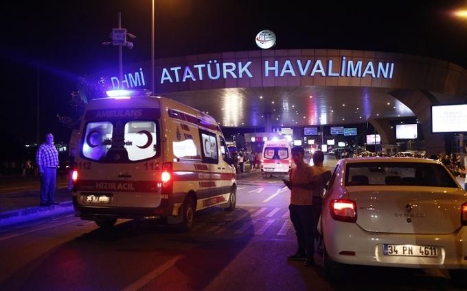 Вибухи в Стамбулі: з'явилися нові дані про терористів