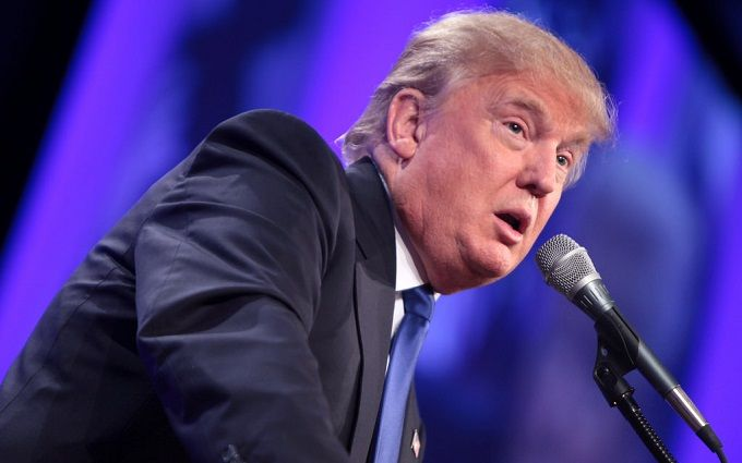 Трамп готовий оголосити Китаю повномасштабну торгову війну