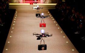 Показ культового дома мод открыли дроны: опубликовано видео