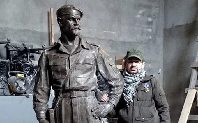 У бойовиків ЛНР вийшла сварка через пам'ятник ватажкові: опубліковані фото