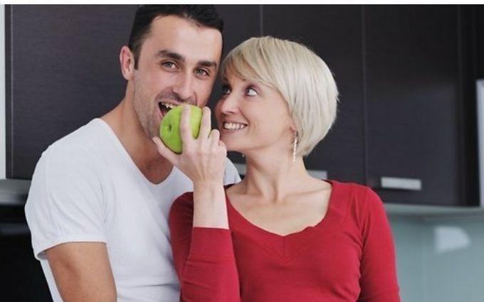 Як залишатися завжди бажаною для свого чоловіка: 5 корисних звичок