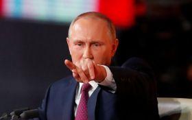 Путін вводить санкції проти України