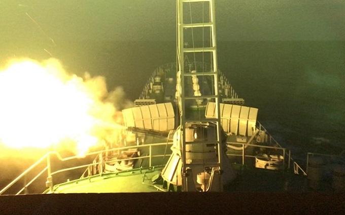 У мережі показали, як стріляють українські кораблі: вражаючі фото