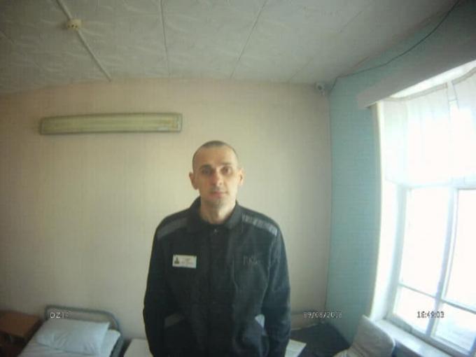 89 дней без еды: появилось фото крайне истощенного Олега Сенцова (1)