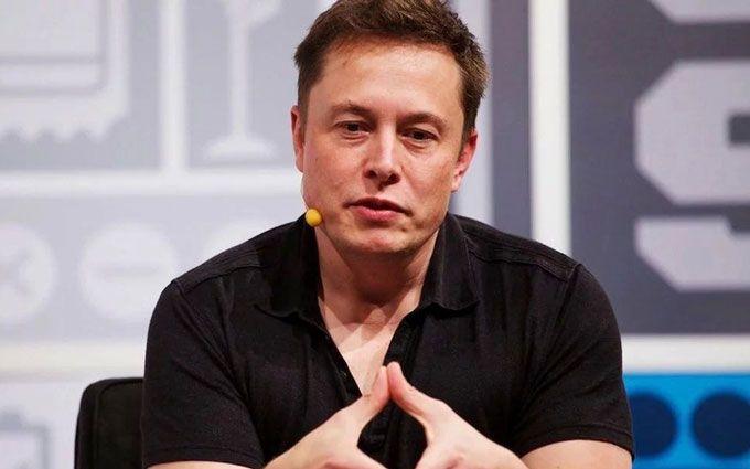 Неудачная шутка Маска вызвал падение акций Tesla