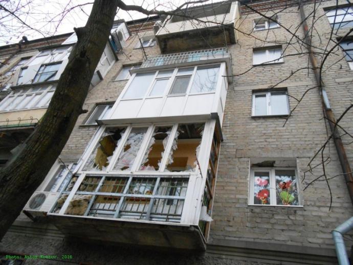 Ждал, когда этот Донбасс снесут c лица земли - рассказ луганчанина о жизни в ЛНР (2)