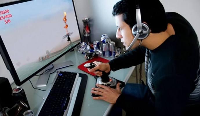 Увлечение компьютерными играми помогает контролировать эмоции