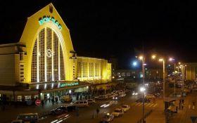 На вокзале в Киеве откроют первые терминалы продажи билетов на поезда
