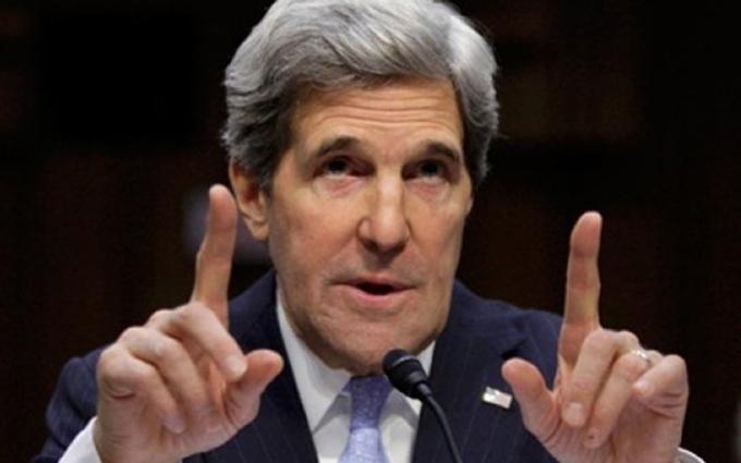 Керрі зробив гучні заяви про санкції проти Росії і гроші для України