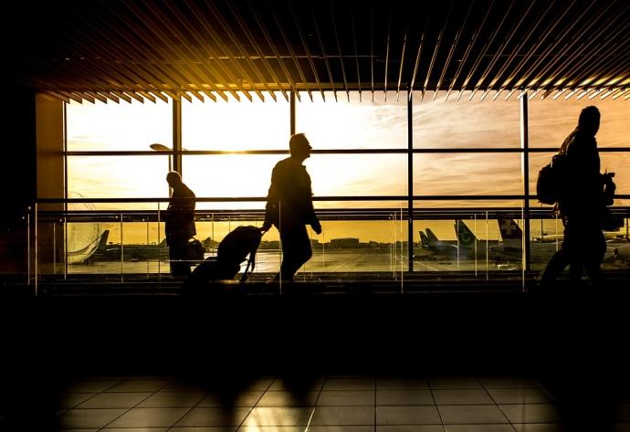 Як подорожувати з ручною поклажею лоукостерами: лайфхаки досвідчених мандрівників (2)