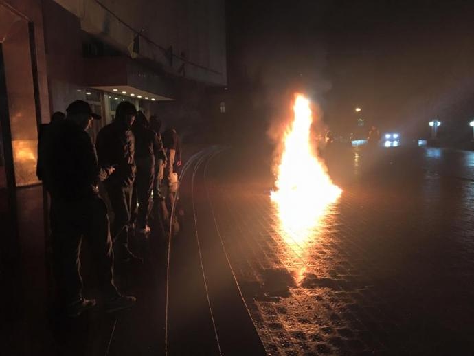 По Украине прокатились мощные акции за блокаду Донбасса: появились фото (4)