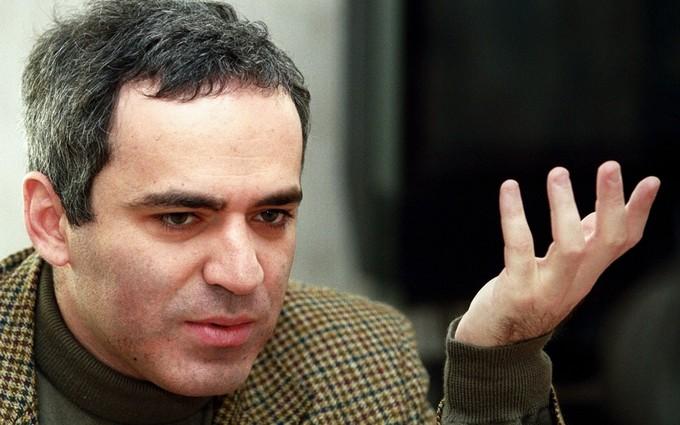 Каспаров рассказал, как Россия должна вернуть Украине Крым