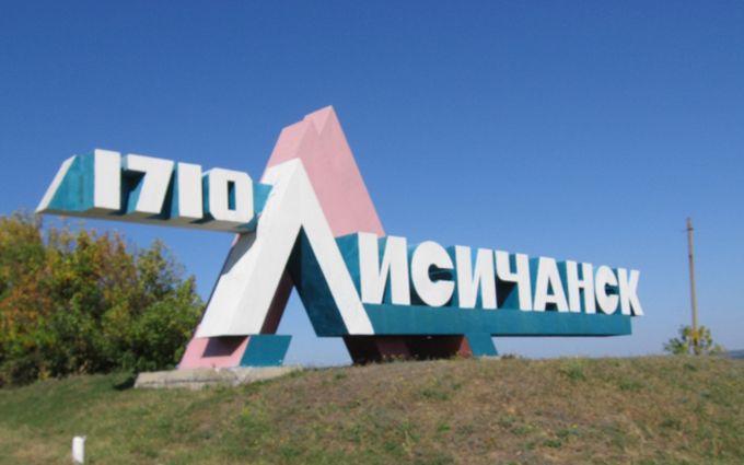 Опоблок використовує бюджетників, а поруч розростається сепаратизм: очевидець про життя Донбасу