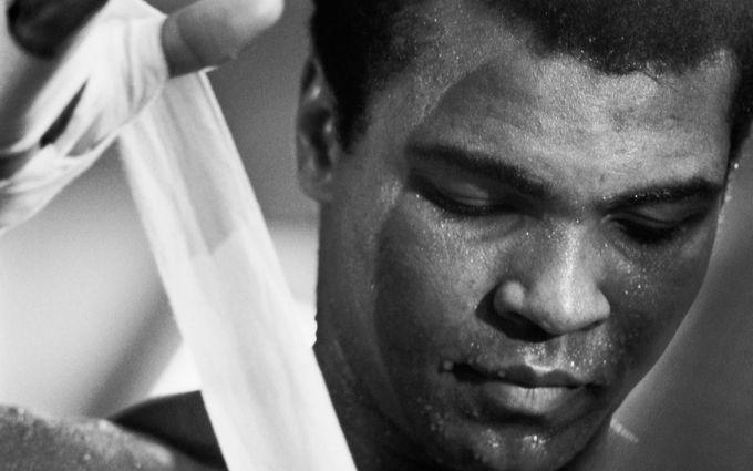В США поховали легенду боксу Мохаммеда Алі: опубліковані відео